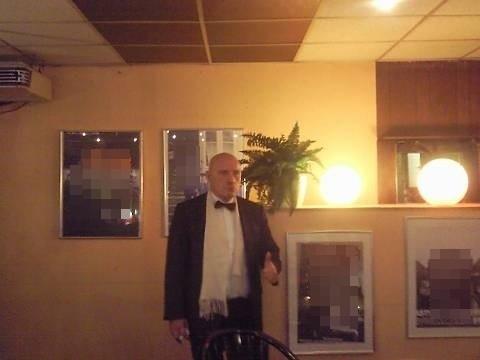 Die Kiezlegende Ralf-Udo Berger, ehemaliger Betreiber der Sauna Oasis an der Reeperbahn, des Sauna Clubs Attica am Hans Albers Platz, des Sauna Clubs Tropical in Oldenburg und diverser anderer Etablissements, Gast seit 1959 im Cafe Möller