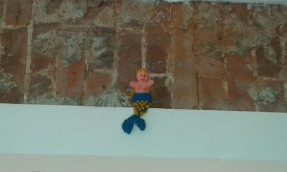"""""""Meerjungfrau"""" in der kultigen Fischbude - Kleine Haie Grosse Fische - Querstraße 4 St. Pauli"""