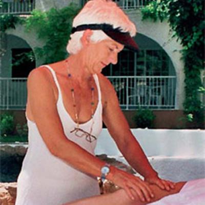 Crista Pflügler  Massage-Therapeutin  Reiki-Meisterin