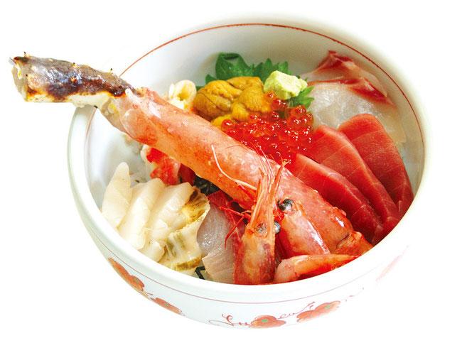 うおのぶ特製海鮮丼