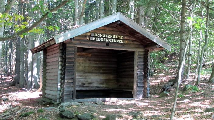 Schutzhütte bei der Felsenkanzel
