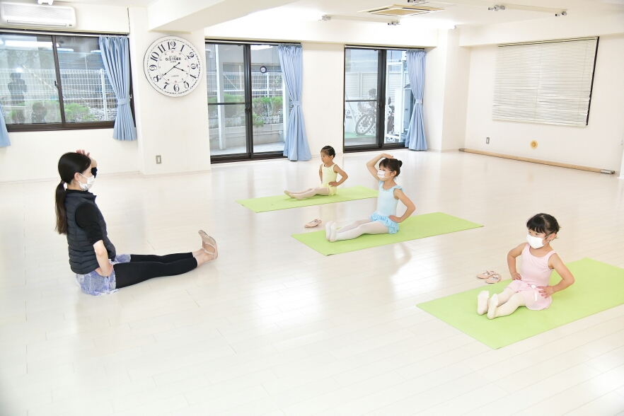 Shiori Ballet Class 久米川バレエ教室