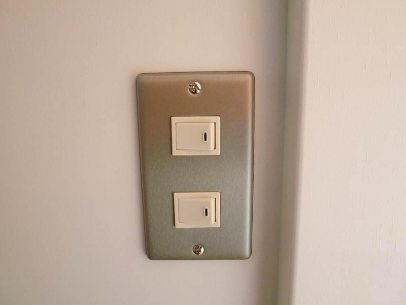 室内照明スイッチ