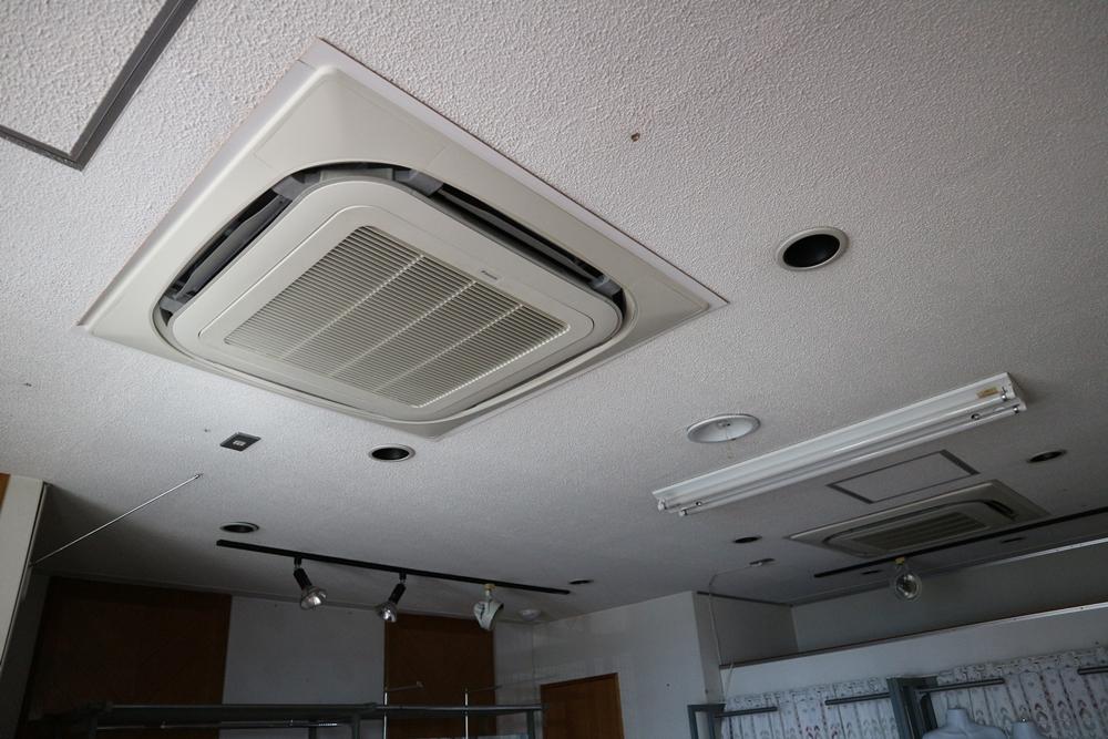 2階貸室エアコン
