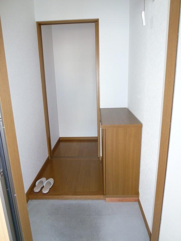 げた箱付きの玄関