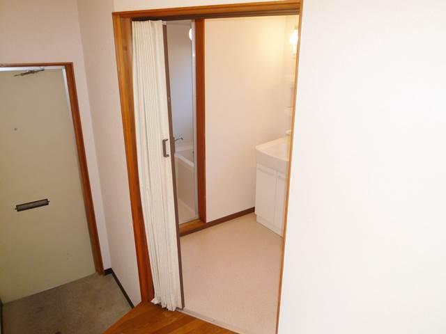 洗面脱衣室入口