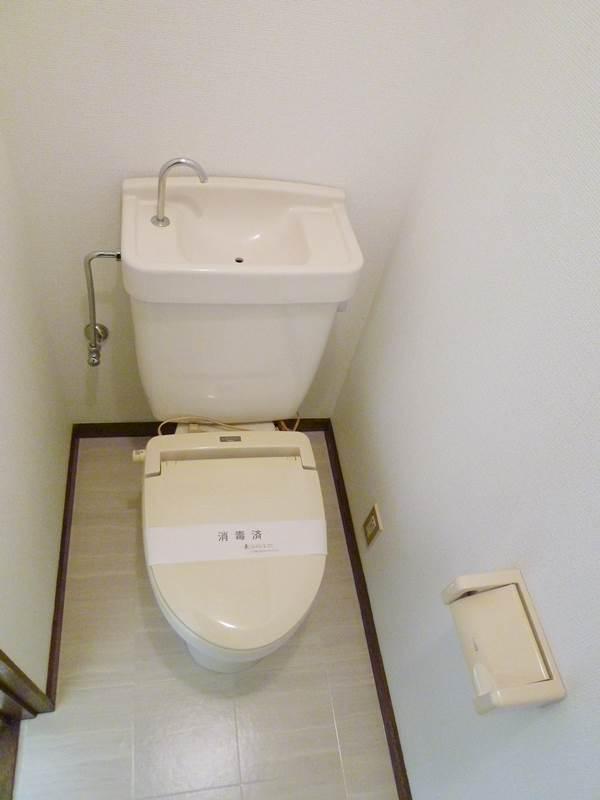 1階のトイレ(暖房便座)