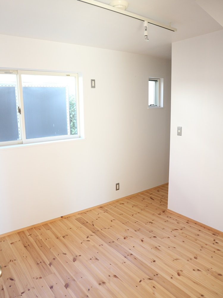 寝室4.5帖