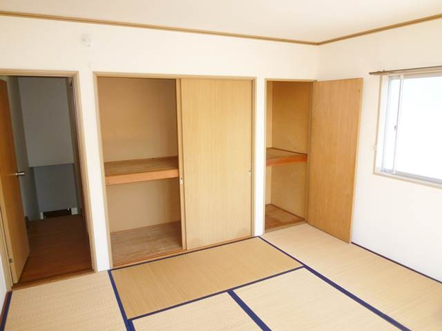 2階和室8帖の収納