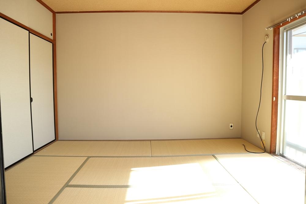 LDK横の和室6帖