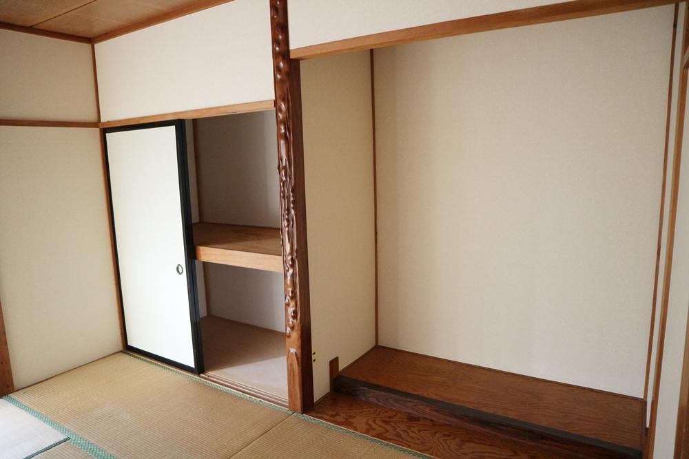 和室8帖の床の間