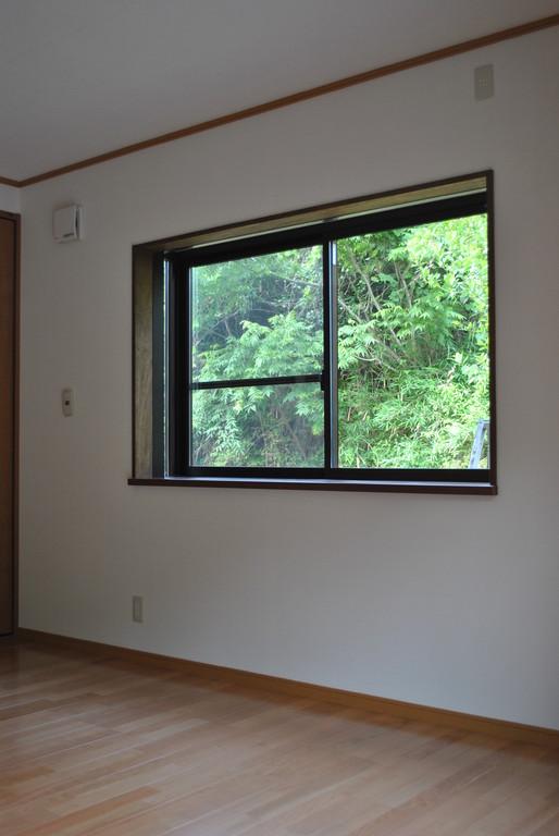 出窓~複層ガラス