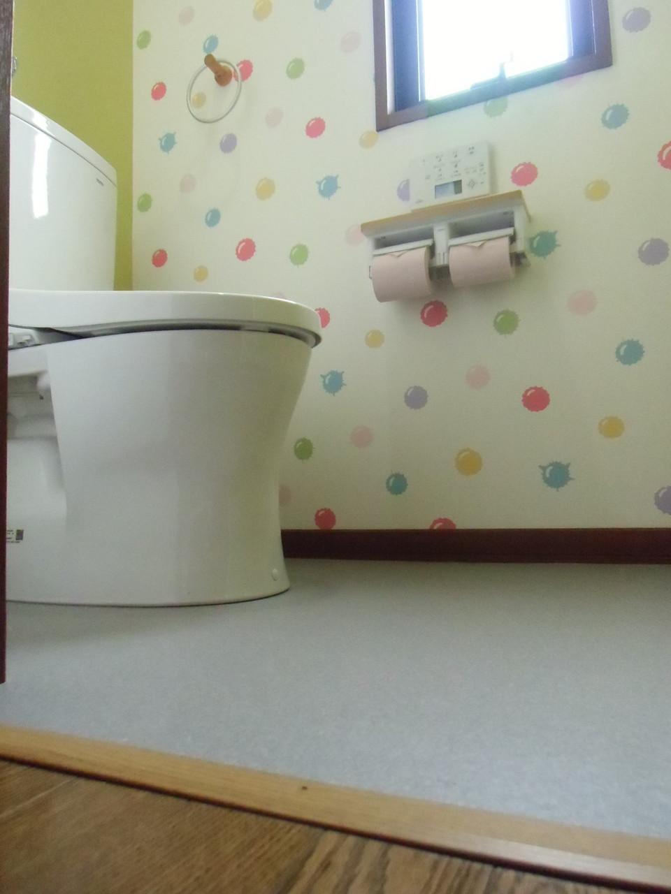 水玉がとてもかわいい!1Fトイレ