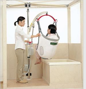 モリトーの浴室用介護リフト