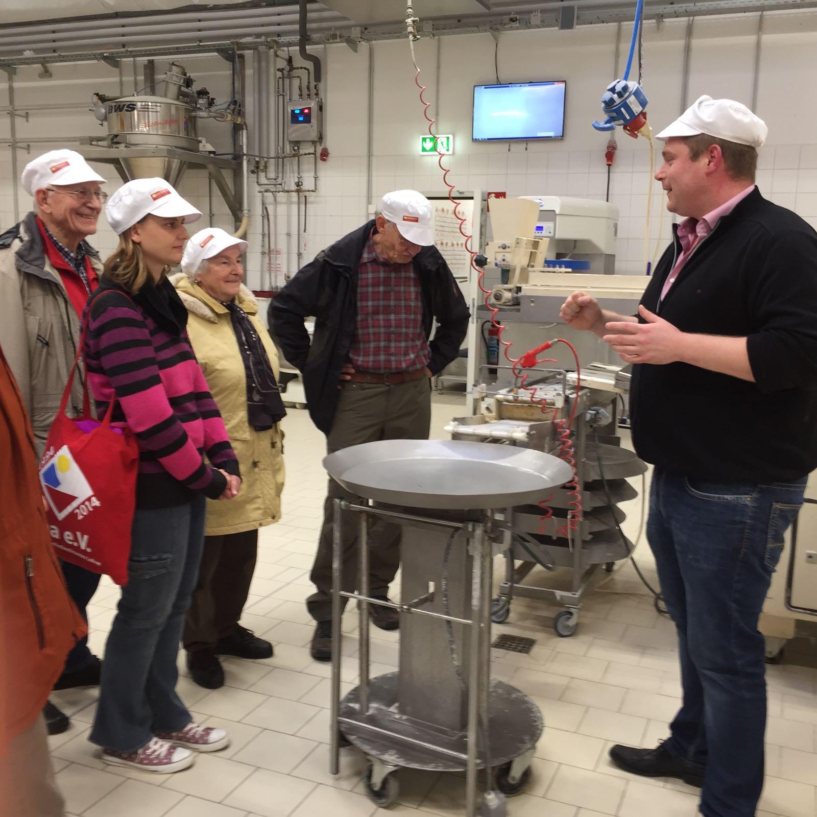 Dienstagswandergruppe Besichtigung Großbäckerei 22.11.16