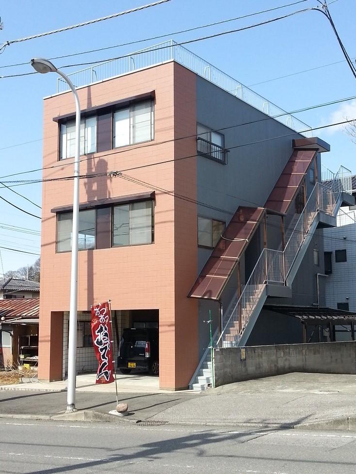 元宿ビルの外観