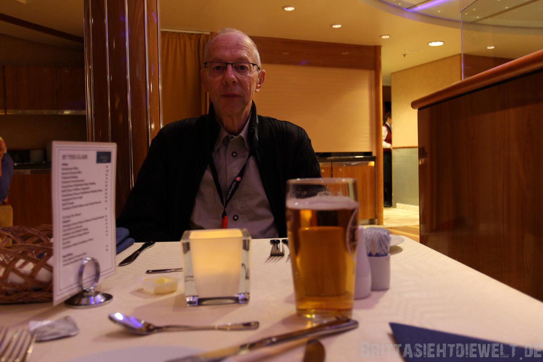 mein Papa und mein Bier für 8 Euro