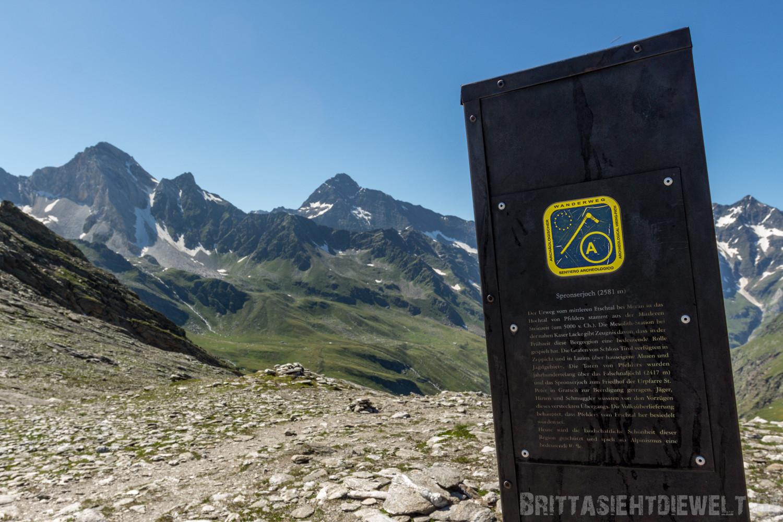 Zwischenziel erreicht: das Spronser Joch auf 2589m Höhe, der höchste Punkt meiner Tour!