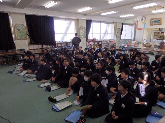 今回の出前講座は光小学校の5年生62人!
