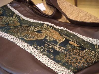 コゲ茶 グリーン帯 バッグ 18,900円