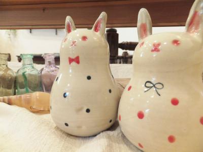 『ウサギ花びん』 2,160円(税抜き)