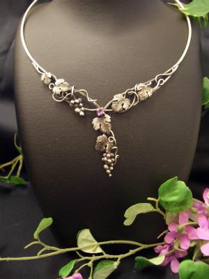 『葡萄の天然石ネックレス』 63,000円