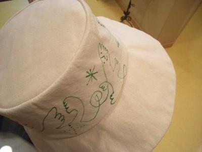 帽子 18,000円