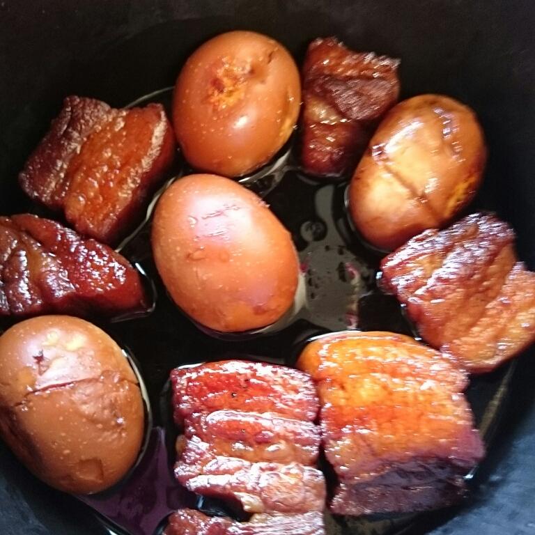 ビワ酒で豚の角煮