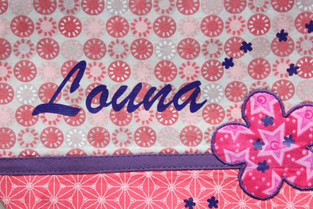 Exemple de prénom floqué lettres attachées