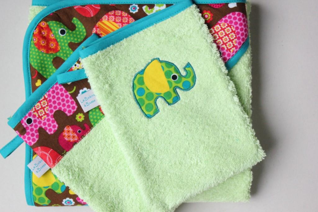 Sortie de bain + gants assortis (Exemple)