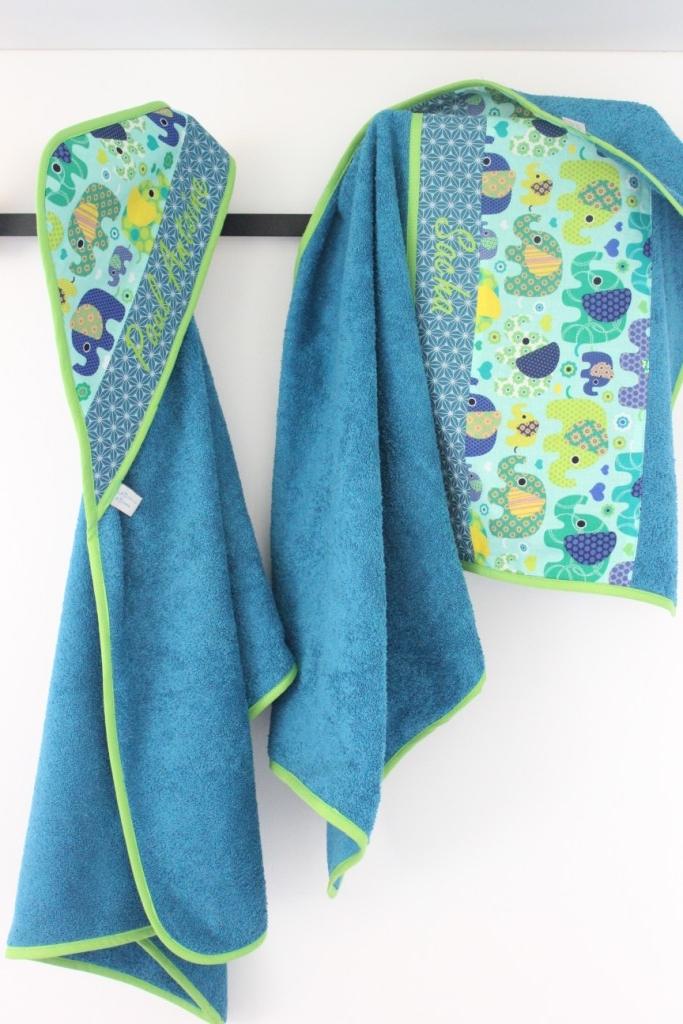 Sortie de bain personnalisée + serviette de bain (Exemple)