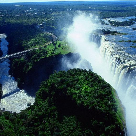 Cataratas de Victória - ZAMBIA E  ZIMBABWE