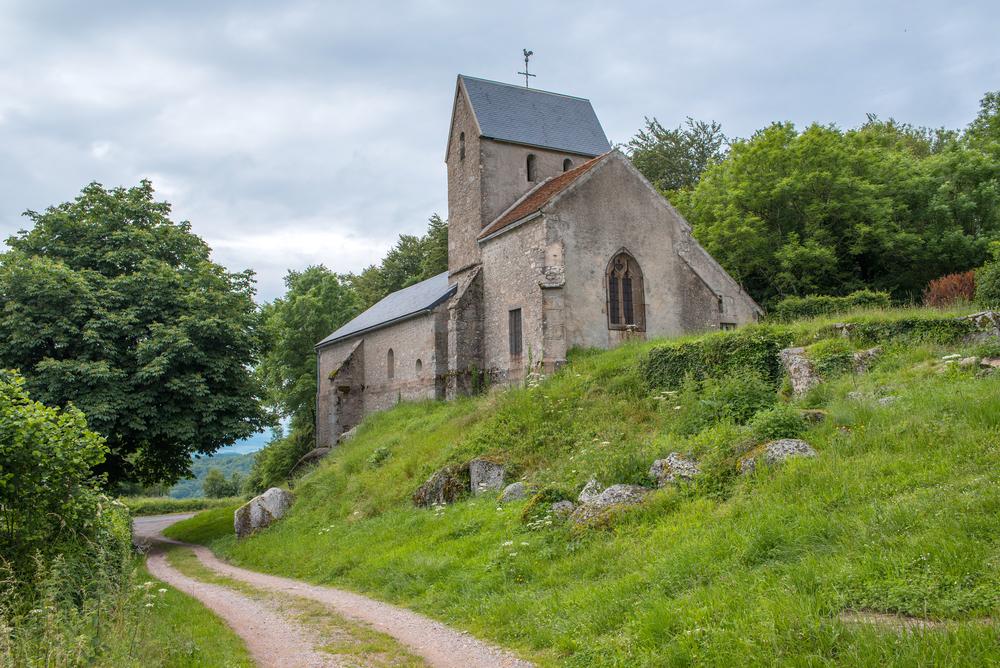 Eglise médiévale d'Uchon
