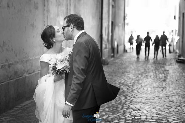Gli sposi a passeggio per Roma