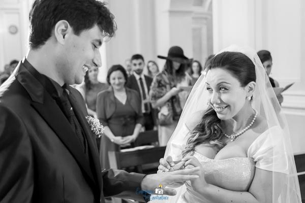 Scambio delle fedi al matrimonio