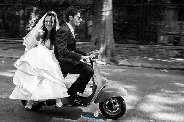 """Fuga degli sposi alla """"vacanze romane"""""""