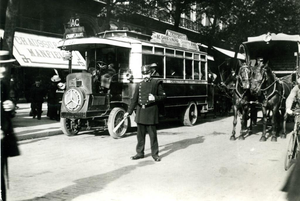 PARIS 1900 réplique de CPA