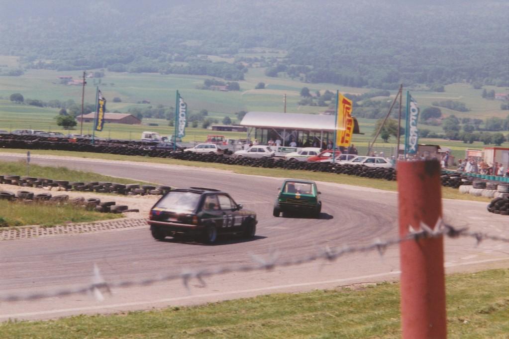 100 Runden-Renne mit em Fiesta Brünel und Chrigel