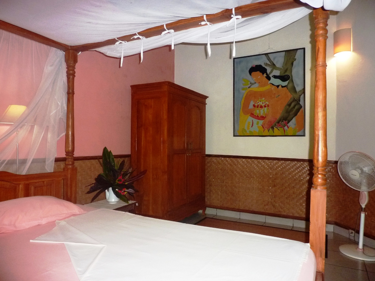 The 2nd room with king size bed