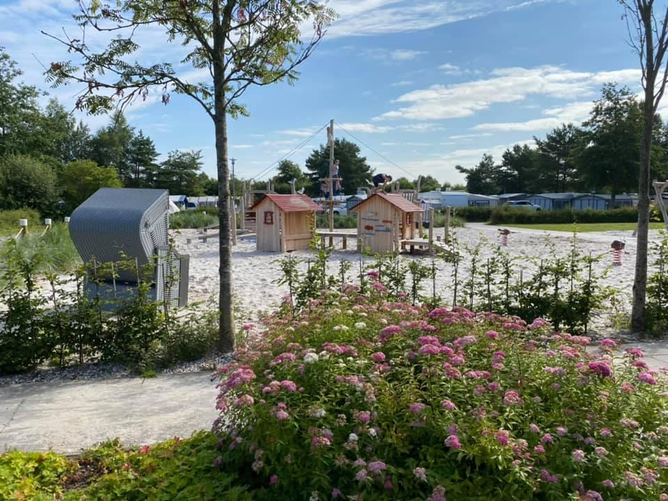 Spielplatz auf dem Camping- und Bungalowpark Ottermeer Wiesmoor Ostfriesland