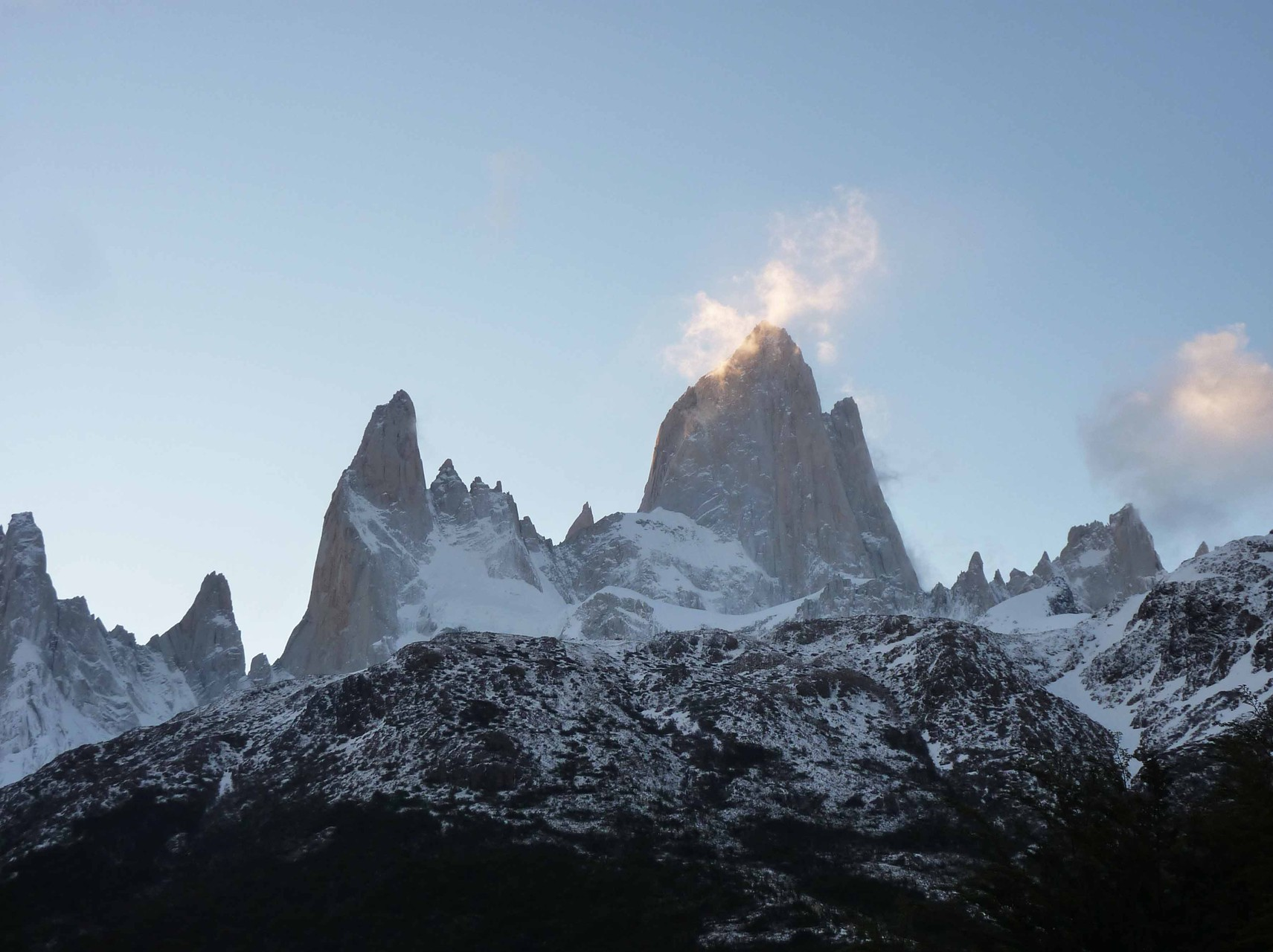 Au coucher de soleil, IL - le Fitz Roy (3441 m) - se laisse enfin admirer !