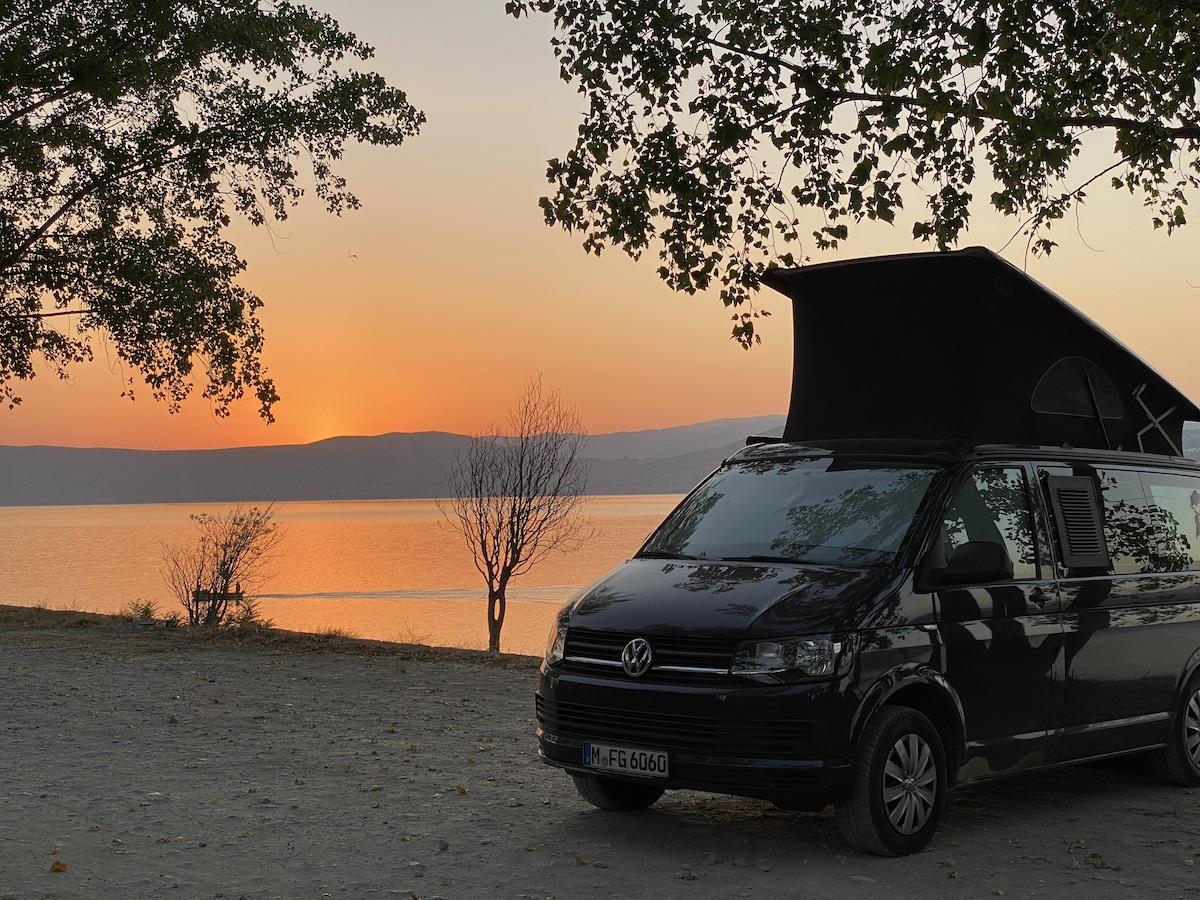 Auch Schön: Sonnenaufgang am Vegoritida See