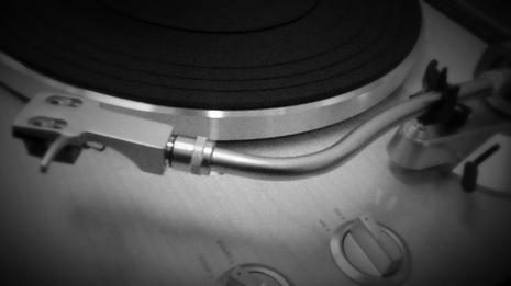 講座で使用しているレコードプレーヤTEACのTN-350