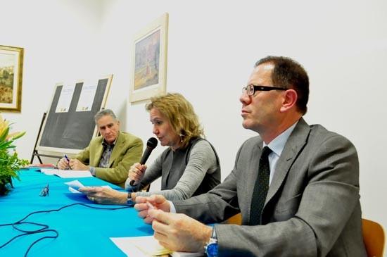 L'intervento di Stefania Maroni. A destra nella foto il Sovrintendente archivistico per l'Umbria Mario Squadroni