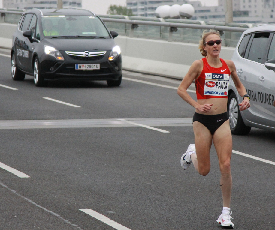 km1 Paula Radcliffe