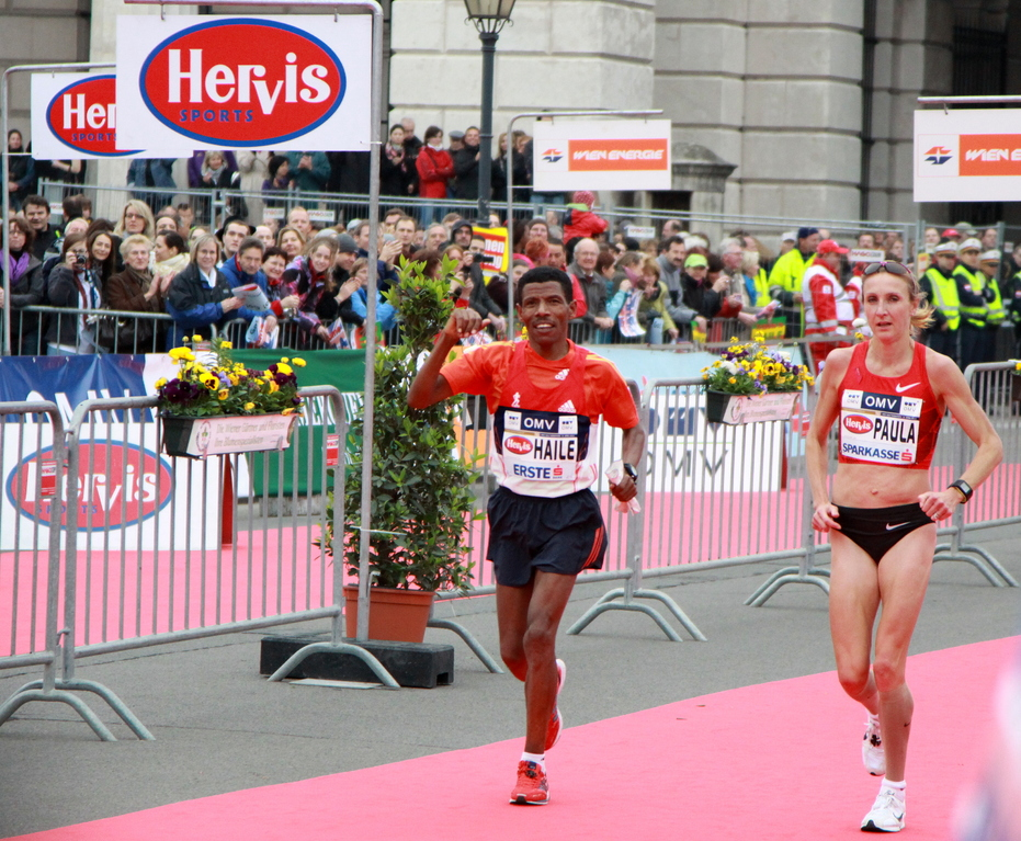 "Haile Gebrselassie & Paula Radcliffe ""Catch me if you can"""
