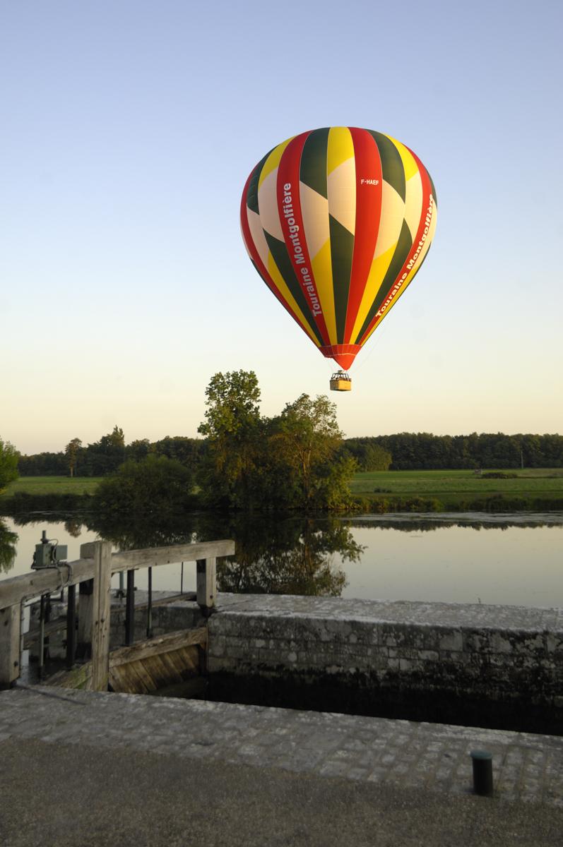 La magie d'un vol en montgolfière @JF Souchard