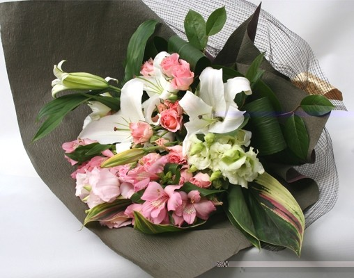 花束 パリジェンヌライン