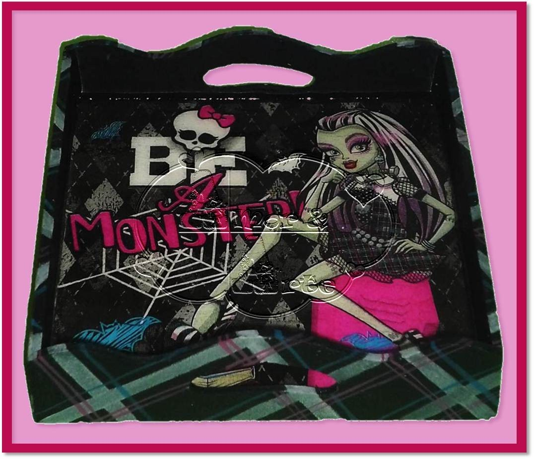 BANDEJA PERSONAL DE MONSTER HIGH