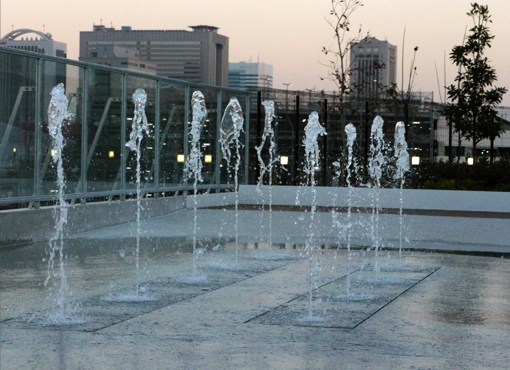 AEON MALL幕張新都心 噴水